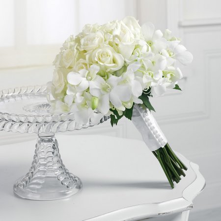 Stephanotis-bridal-bouquet