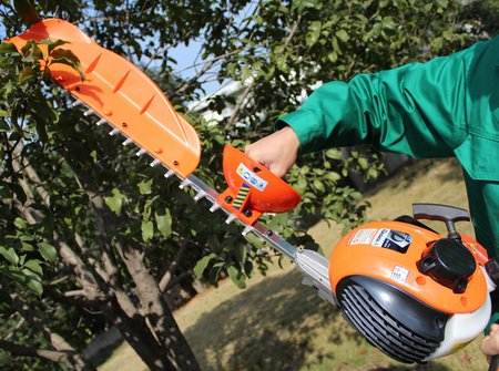 hedge-trimmer1