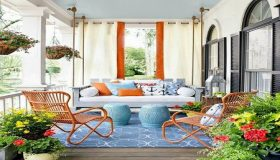 Using Colors To Improve Outdoor Living Space
