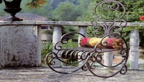 Wrought Iron Art As A Part Of Garden Decor
