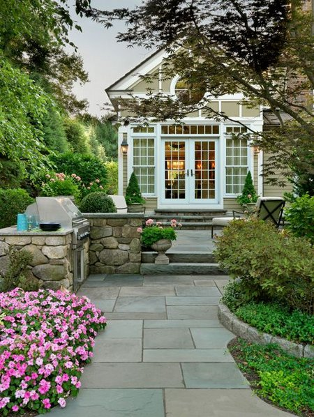 Successful Garden Design With Some Landscaping Tips
